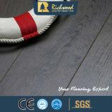 12.3mmのチークHDFのビニールの板の積層物によって薄板にされる木製の木のフロアーリング