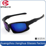 L'enduit de ruban de lentille polarisé par bâti noir de PC de lunettes de soleil de mode folâtre des glaces