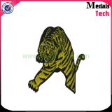 Chine OEM Fabricant Custom EAU Hard Enamel Metal Lapel Pins