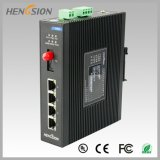 4개의 전기 포트와 1개의 Fx 이더네트 네트워크 스위치를 처리하십시오