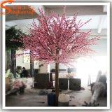 A seda artificial da decoração do casamento floresce a árvore da flor de cereja