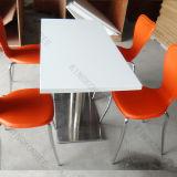 Los fabricantes chinos de superficie sólida blanca restaurante Mesas de comedor