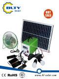Système de d'éclairage à la maison solaire avec le chargeur mobile