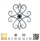 Forma de maceta ornamento de hierro forjado.