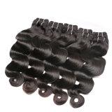 I capelli umani cinesi dell'onda del corpo impacchettano la trama dei capelli neri