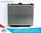 Radiatore automatico di alluminio di raffreddamento efficiente per il amigo/rodeo/passaporto 1998-1999 di Isuzu