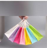 Diversos versión completa de los colores bolsas de papel con asa de papel kraft blanco