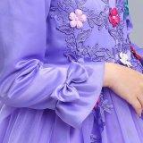 Fleck-Blumen-Hochzeits-Kleid