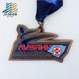 Medaglia impressa della corsa di maratona dell'oggetto d'antiquariato del pezzo fuso del fornitore dell'oro con il nastro