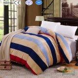 Комплект одеяла ватки фланели романтичного печатание супер мягкий