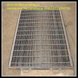 Industriële Gegalvaniseerde Grating van het Afvoerkanaal Grating/Steel van de Vloer Materiaal