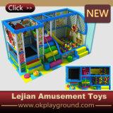 Крытый тип спортивной площадки и дом игры малышей материала спортивной площадки пластмассы (T1501-3)