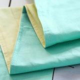 Fundamento do bebê e folhas e roupa impressos algodão da base