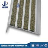Против конкретных скольжения плиткой из алюминия Nosing Carborundum лестницы