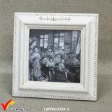 Cornice di legno della foto dell'annata elegante misera bianca per la decorazione domestica