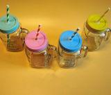 Taza colorida del vidrio de la taza de la paja de la taza del masón