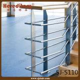 De vloer zet de Leuning van de Trede van het Roestvrij staal voor Trap (sj-S110) op