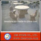 Tallado en piedra de granito con mesa y sillas al aire libre estatua