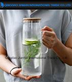 De druppel-vrije Duidelijke Waterkruik van het Sap van het Water van het Glas met het Deksel van het Bamboe