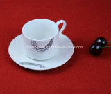 De Franse Kop en de Schotel van de Thee van China van de Stijl Goedkope Ceramische