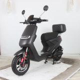 Belle forme Scooter électrique cyclomoteur avec pédale