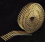 El acero decorativo del hardware de los muebles clava clavos con tachuelas