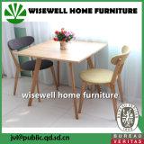 Таблица и стулы мебели штанги твердой древесины