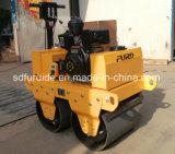 Venda directa de fábrica 550kg Mini manual do compactador do Rolete de estrada (FYL-S600C)