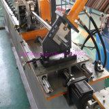 Rolo claro da quilha da T-Barra que dá forma à máquina