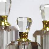 Driehoek van China vormde de Duidelijke Witte Fles van het Parfum van het Kristal van het Glas voor Vrouwen of de Gift van het Huwelijk