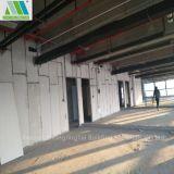 Resistencia de impacto y el panel incombustible del cemento del emparedado para los chalets/los edificios modernos
