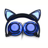 2017 écouteurs tarifés de câble rougeoyants neufs chauds d'oreille de chat