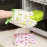 Guantes a prueba de calor del horno del algodón de la microonda de la cocina de la tela de materia textil de la cocina