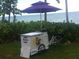 2017最新の様式のフリーザーおよび収納箱が付いている熱い販売のアイスクリーム押しのカート3の車輪のアイスクリームの販売の自転車