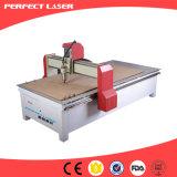 router funzionante di legno di CNC 3D