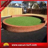 hierba artificial del jardín al aire libre barato de 10m m para la decoración