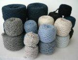 混じるカシミヤ織およびウール