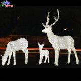 Da decoração acrílica ao ar livre do Natal do feriado rena clara do diodo emissor de luz