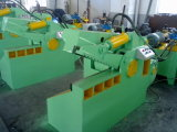 De hydraulische KrokodilleScheerbeurt van de Schroot van de Scherpe Machine voor Verkoop