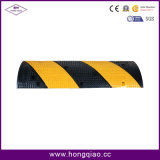 Borracha preta e amarela dos cavalos de Velocidade na Estrada