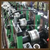 Bandeja de cabo que faz o rolo que dá forma à máquina