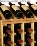 64의 병 고아한 술 저장실은 자연적인 와니스를 가진 나무를 선반에 얹는다