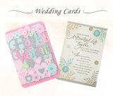 Tarjetas de papel de la invitación con las tarjetas de las invitaciones de la boda de la cinta