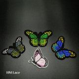 Утюг на заплатах для одежды Appliques стикеры значка для заплаты вышивки бабочки одежд Multicolor