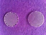 Borrar la placa de cristal de cuarzo con orificios de láser