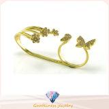 2017 Moda butterful y flores de oro chapado anillo de la joyería al por mayor de plata de ley 925 (R10408)