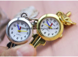 昇進の子供の子供のためのかわいく豪華な主形のKeychainの腕時計