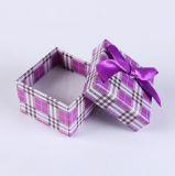 Bowknotsの小さいSquare Ring Boxes