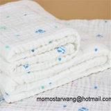 印刷デザインの綿モスリンの赤ん坊毛布
