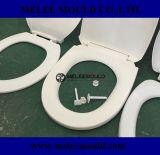 Längliche Toiletten-Sitzplastikform
